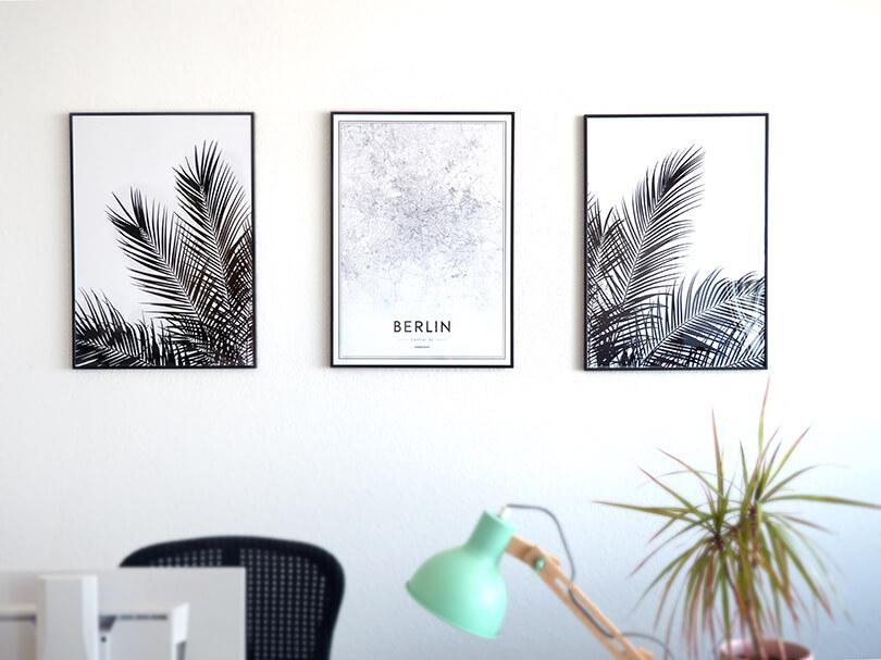 Desenio Poster Rahmen Wandbild Palmen Berlin