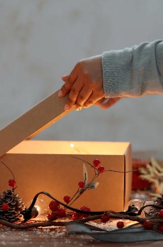 Was ist das richtige Weihnachtsgeschenk für Kunden und Mitarbeiter?